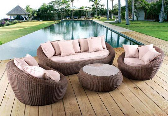Pour votre mobilier de jardin durable, optez pour la résine
